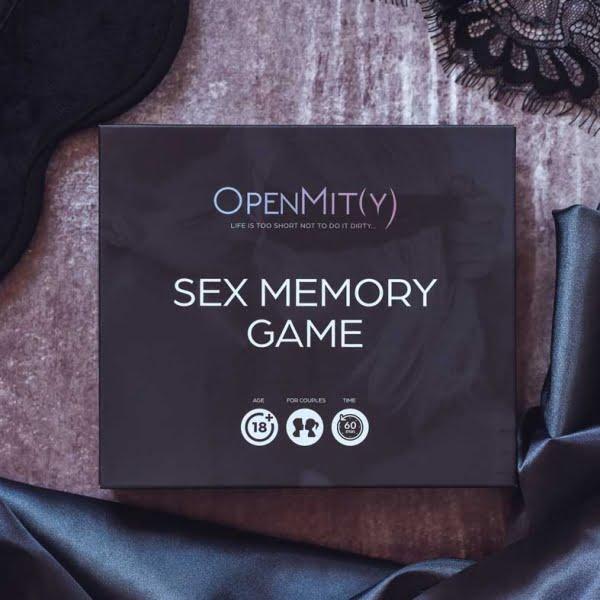 Sex-board-game-erotic-photos