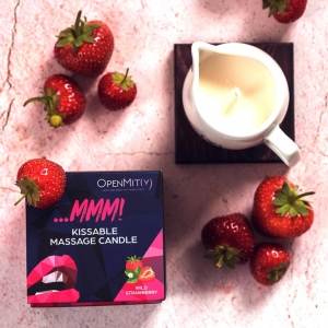 Kissable-massage-candles-with-strawberry-flavor
