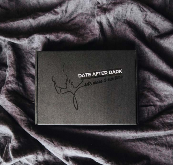 Date-night-box-for-couples